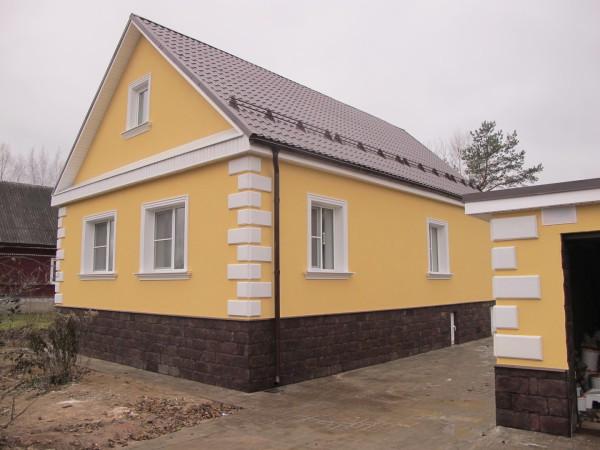 Цветная побелка оштукатуренного дома