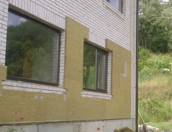 Утепление стен фасада дома «сухим способом»