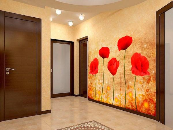 Выбирая варианты оформления стен в прихожей, необходимо чтобы было сочетание обоев с фотообоями, иначе ваш интерьер в прихожей будет смотреться дискомфортно, заставляя нервничать