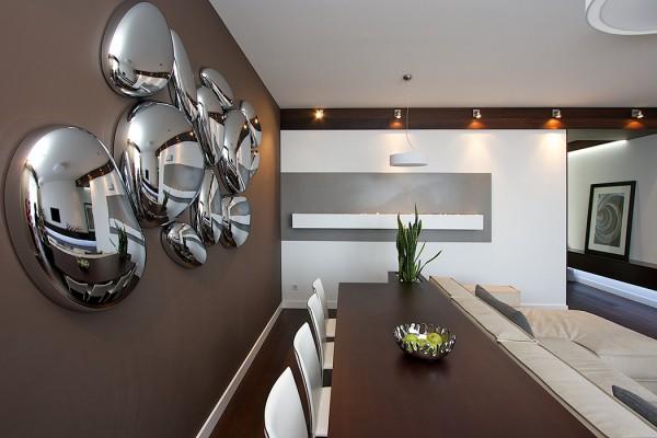 Застывшие капли ртути на стене. Интересное дизайнерское решение, идеально вписывающееся в общую концепцию
