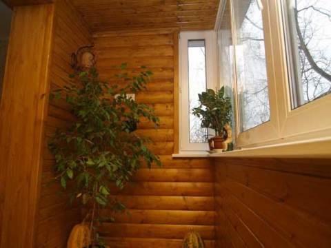 Чем обшить стены на балконе