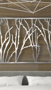 Деревянное панно можно разукрасить необходимым цветом, который подойдёт в вашему интерьеру