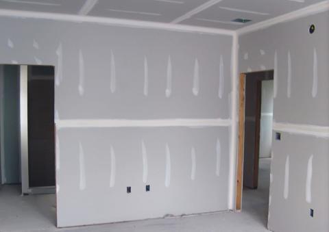 Любые стены можно сделать ровными с помощью гипсокартона