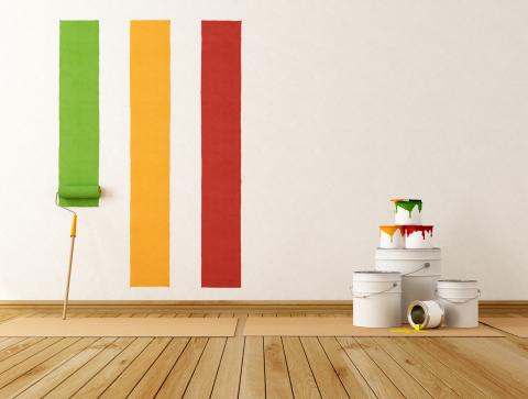 Покраска стен на не застеленных новых полах – это реклама, а не реальность