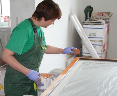 Предохранение стекла от краски