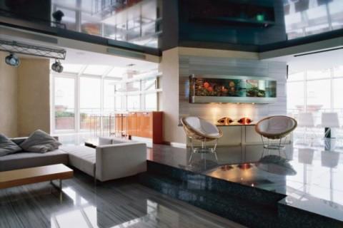 Развертка стен гостиной с применением стекла