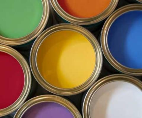 Силикатная краска для кирпича обладает множеством достоинств, но стоит дороже, чем предыдущие виды красок
