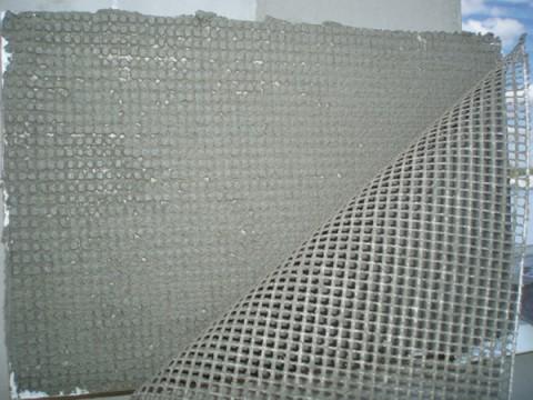 Укладка сетки для нанесения стартовой шпаклевки