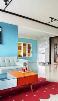 Зонирование голубым цветом в гостиной