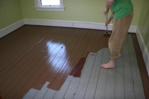 Покраска пола масляной краской