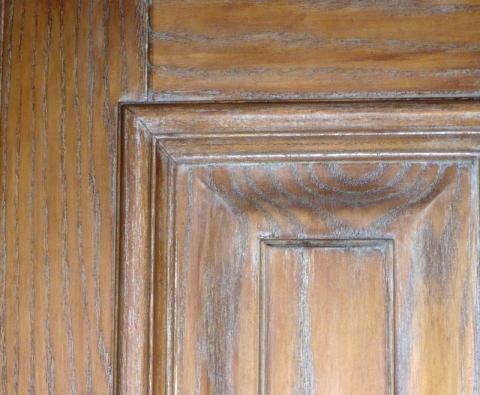 Старение древесины при многослойной покраске