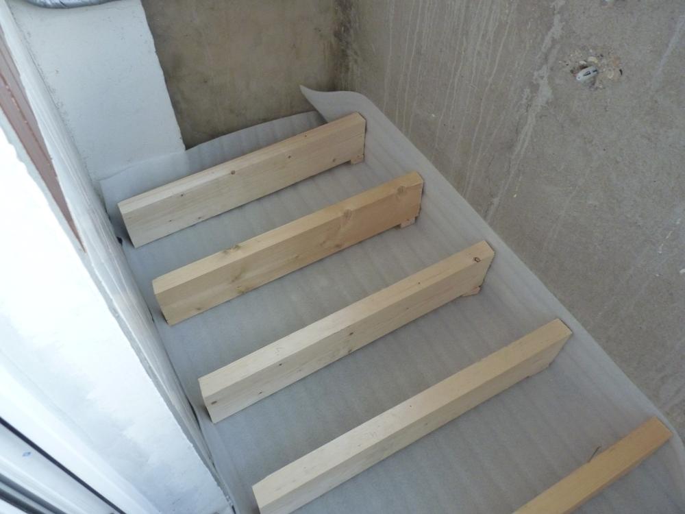 Как правильно утеплить балкон изнутри?.
