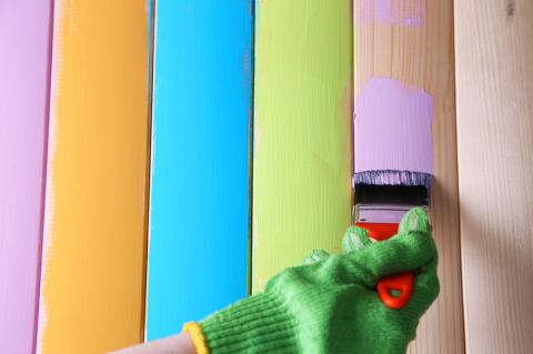 Водоэмульсионная смесь с латексными полимерами для покраски стен