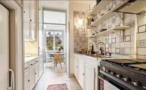 Делаем правильный выбор цветов в кухне