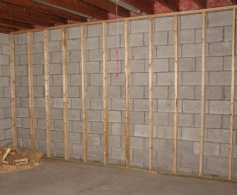 Установка пластиковых панелей на стену