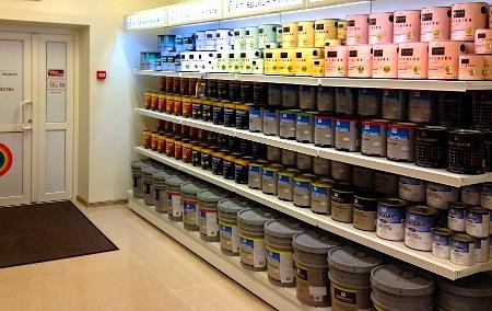 Какую водоэмульсионную краску выбрать для потолка?