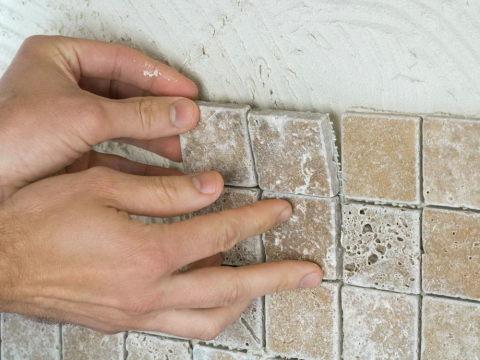 Мозаика своими руками на стене