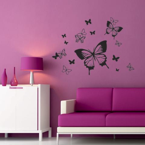 Наклейка в виде бабочки в интерьере