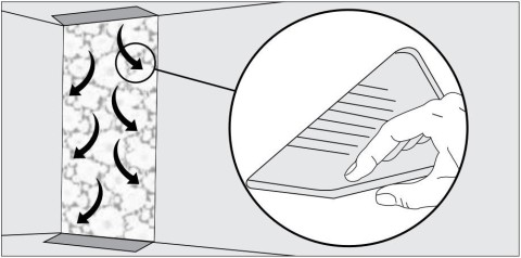 Схема разглаживания обоев пластиковым шпателем.