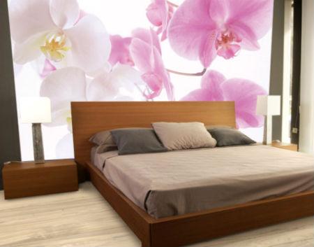 Цветы придадут чувство спокойствия и отдыха в спальне