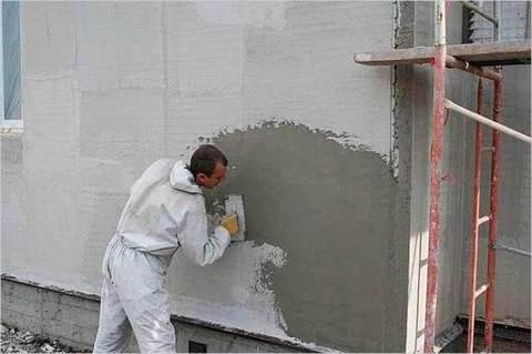 Декорируем стену