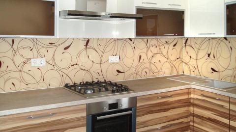 Делаем выбор кухонных панелей