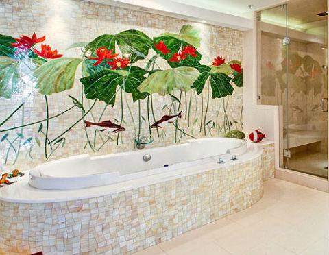 Роспись на стене в ванной комнате