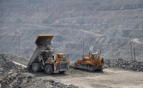 Карьер на месторождении хризотила в Свердловской области