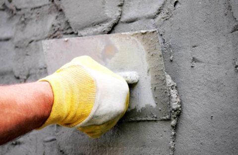 Оштукатуривание используют для базового выравнивания поверхности под отделку