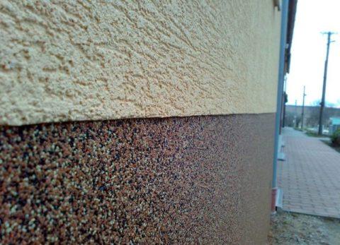 Применение минеральной штукатурки при отделке цоколя здания