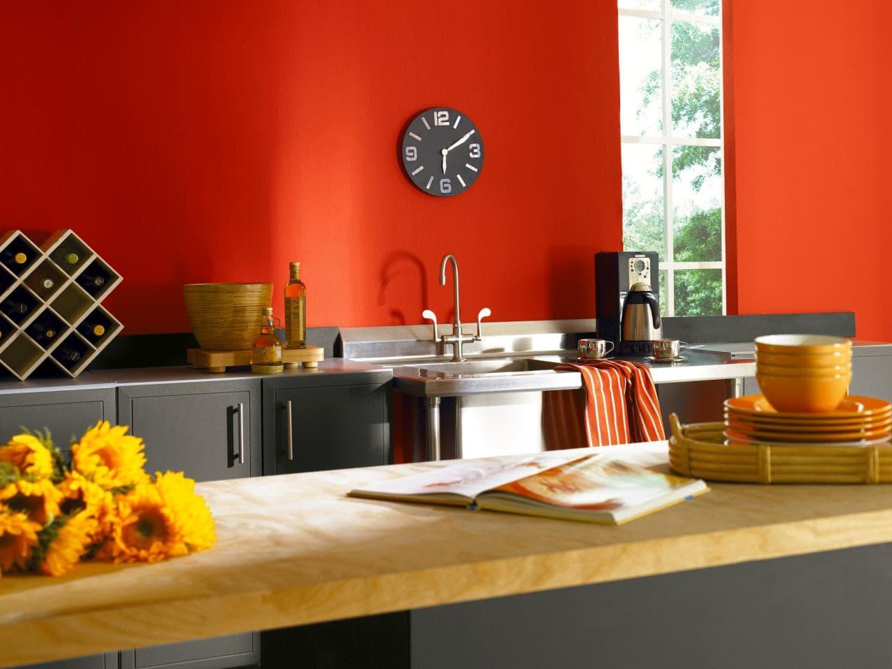 Как и чем покрасить стены на кухне своими руками 806