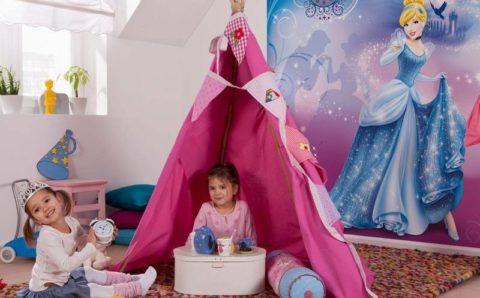 Маленьким девочкам нравятся принцессы и феи – такие фотообои станут украшением игровой зоны
