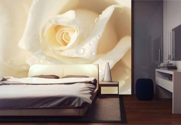 Фотообои роза в интерьере современной спальни