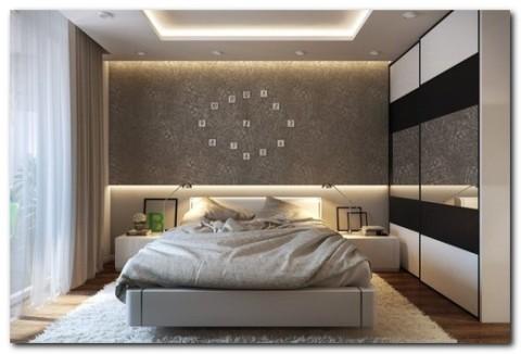 Оформление стены над кроватью в спальне