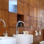 Деревянная панель – на стену санузла