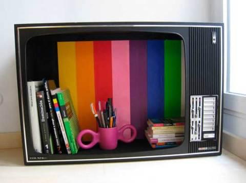Находим применение старому телевизору