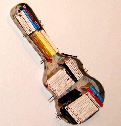 Полка из старой гитары