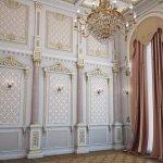 Стены с деревянной обшивкой в стиле барокко