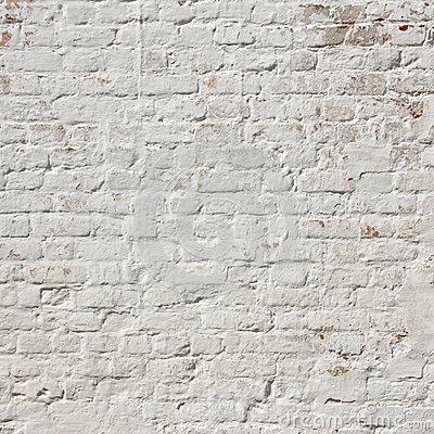 Неровная стена