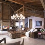 Внутренний дизайн деревянного дома со вторым светом