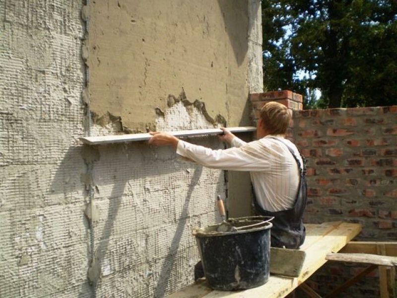 штукатурка стен цементно песчаным раствором видео