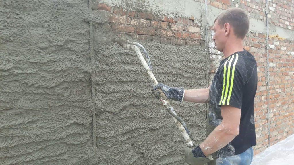 песчано цементная штукатурка стен видео