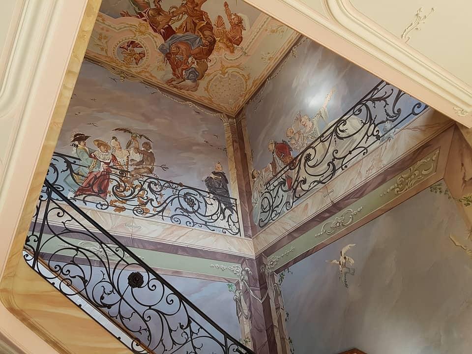 Фреска — древнейшее искусство росписи стен по мокрой штукатурке